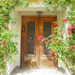 玄関アプローチの役割とデザインの考え方を解説