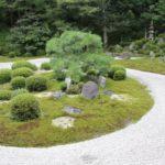 置物で趣のある空間に!和風の庭の造り方